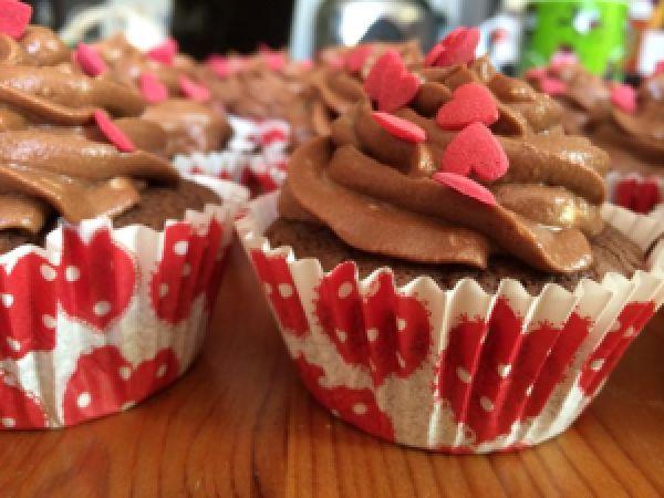 Schoko-Himbeer-Cupcakes. @ohwiewundervoll.com