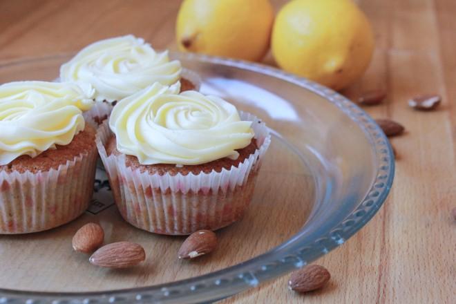 www.ohwiewundervoll.com - Mandel-Zitronen-Cupcakes-3